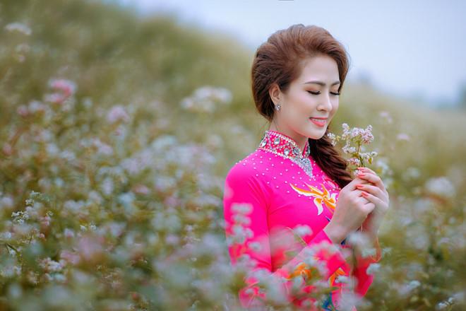 'Hoa khôi Tiền Giang' duyên dáng đón tết quê - ảnh 3