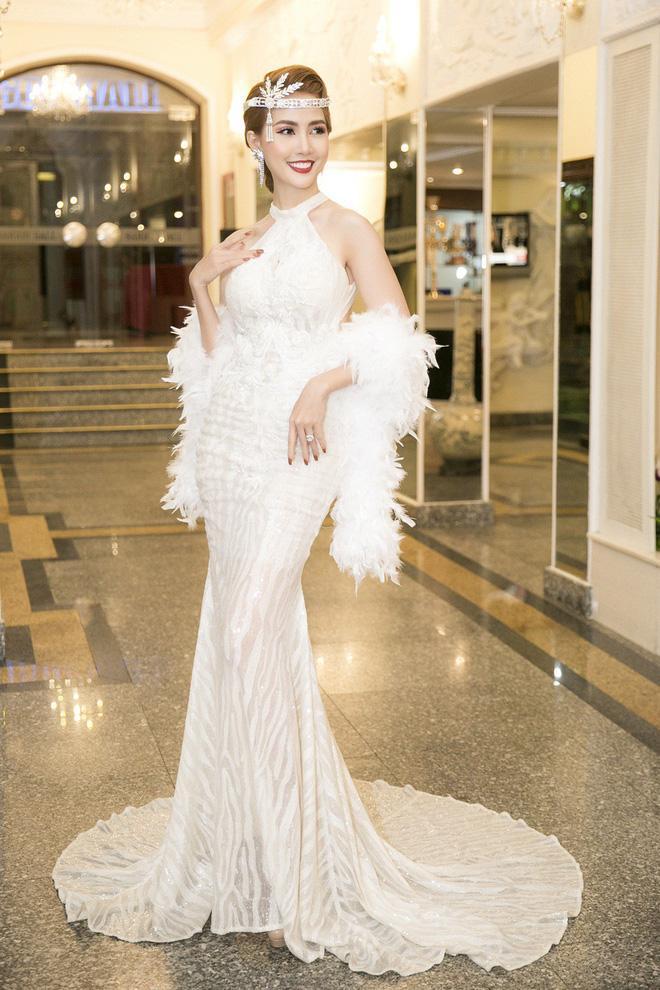Hoa hậu Phan Thị Mơ vừa là khách mời trong chương trình khởi động cuộc thi