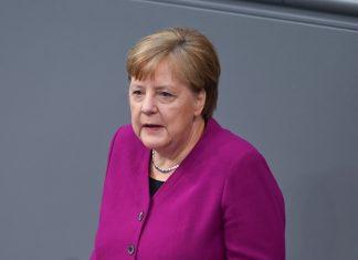 Merkel cảnh báo Covid-19 'mới chỉ bắt đầu'