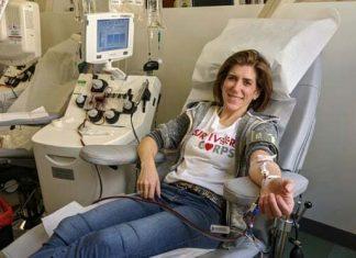 Người Mỹ hiến huyết tương cứu bệnh nhân Covid-19