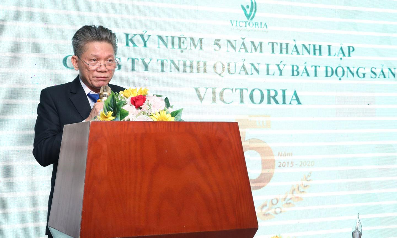 Ông Nguyễn Tôn - Chủ tịch Công ty Victoria phát biểu tại buổi lể kỷ niệm.