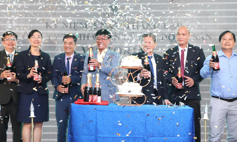 Công ty Victoria kỷ niệm 15 năm thành lập tại Tp. HCM, ngày 07 tháng 10 năm 2020.