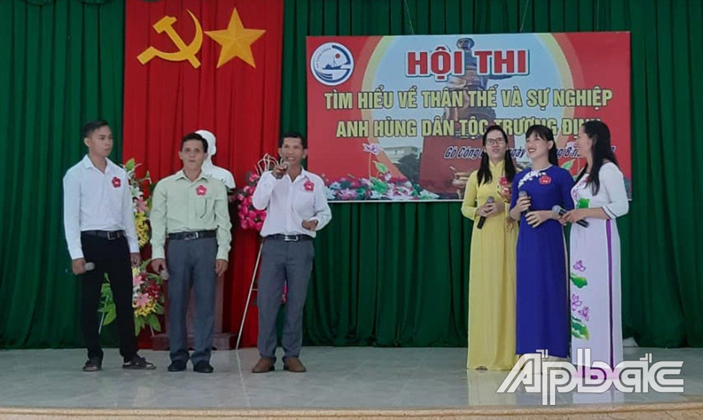 Nhiều hội thi văn hóa văn nghệ được tổ chức để người dân tham gia.